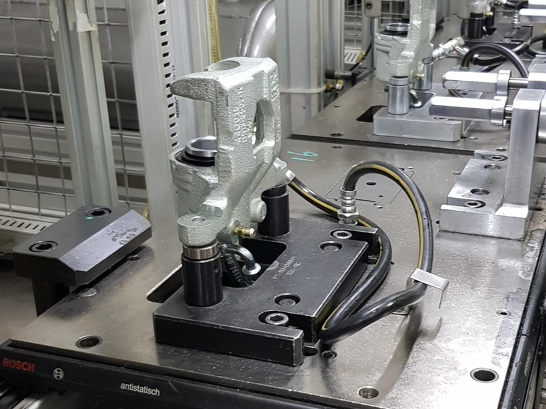 Montageband 1 - Innenansicht Reinraumtechnik