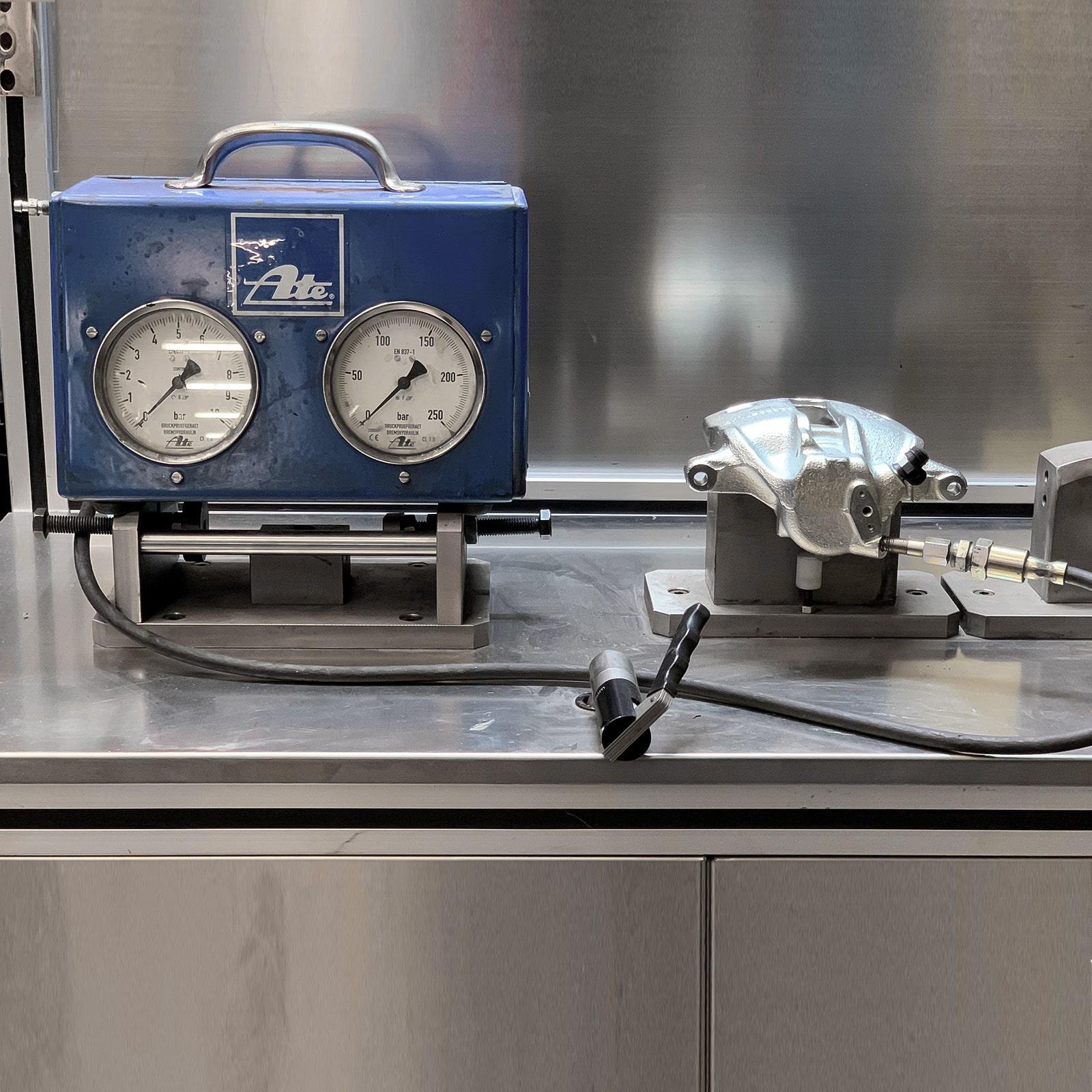 NB PARTS GmbH - Instandsetzungs von Bremssätteln - Qualität und Testgeräte 03